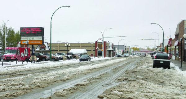 Weatherman brings snow to Goose Festival