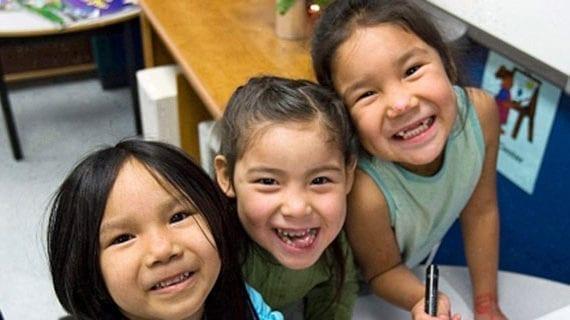 We shouldn't teach ethnic languages in public schools
