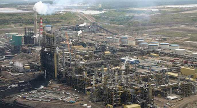 Alberta considers six oil sands upgrader projects